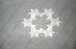 5.1-crop-circle-milk-hill-koch-fractal-snow-flake-2